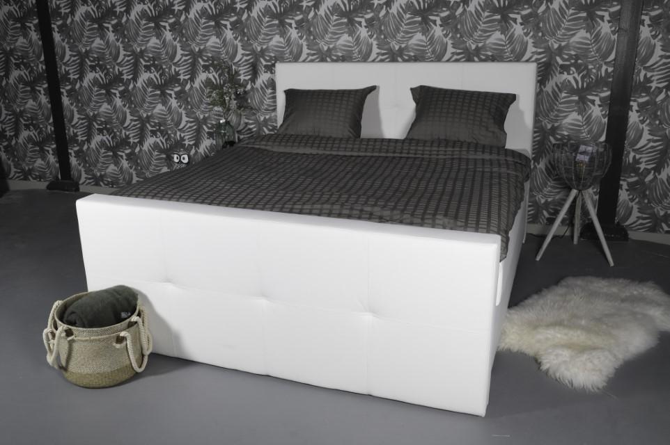 Boxspring lotus boxsprings en bedden matrasconcurrent